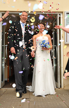 Wedding Couple at Kenilworth Methodist Church